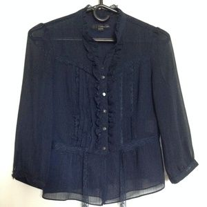 carries note Vintage-style Women's Blouse, Petite